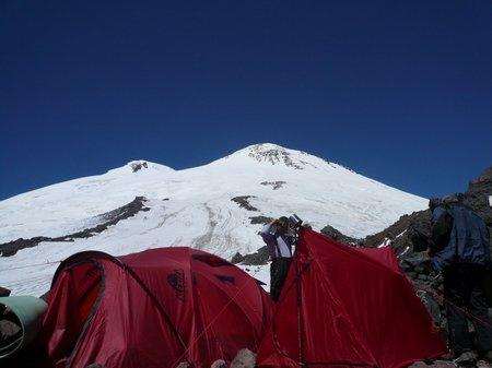 Лагерь на склонах Эльбруса