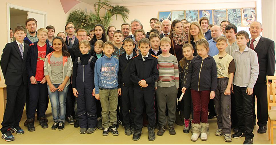 Радиосвязь детского радиоклуба R8AM г. Челябинска с экипажем 46-м экипажем МКС