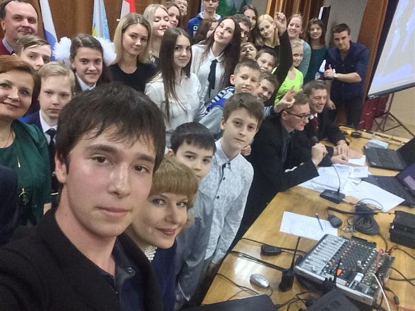 Радиосвязь тольяттинского радиоклуба R4HDR с 50-м экипажем МКС
